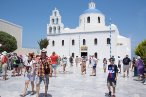 The main square of Oia and its beautiful church.