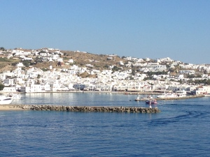 As we leave port a nice landscape of Mykonos.