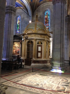 This is the Temple of the Holy Face which is inside the Duomo of Lucca in Piazza St. Pietro.